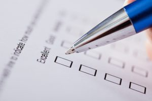 checklist-survey-pen